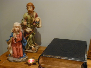 Mary and Joseph travelled on to EYTHROPE ROAD where they found shelter by a Victorian family Bible. The truth of God's word is the same today as it was then. Mary and Joseph are now looking for shelter in BISHOPSTONE.